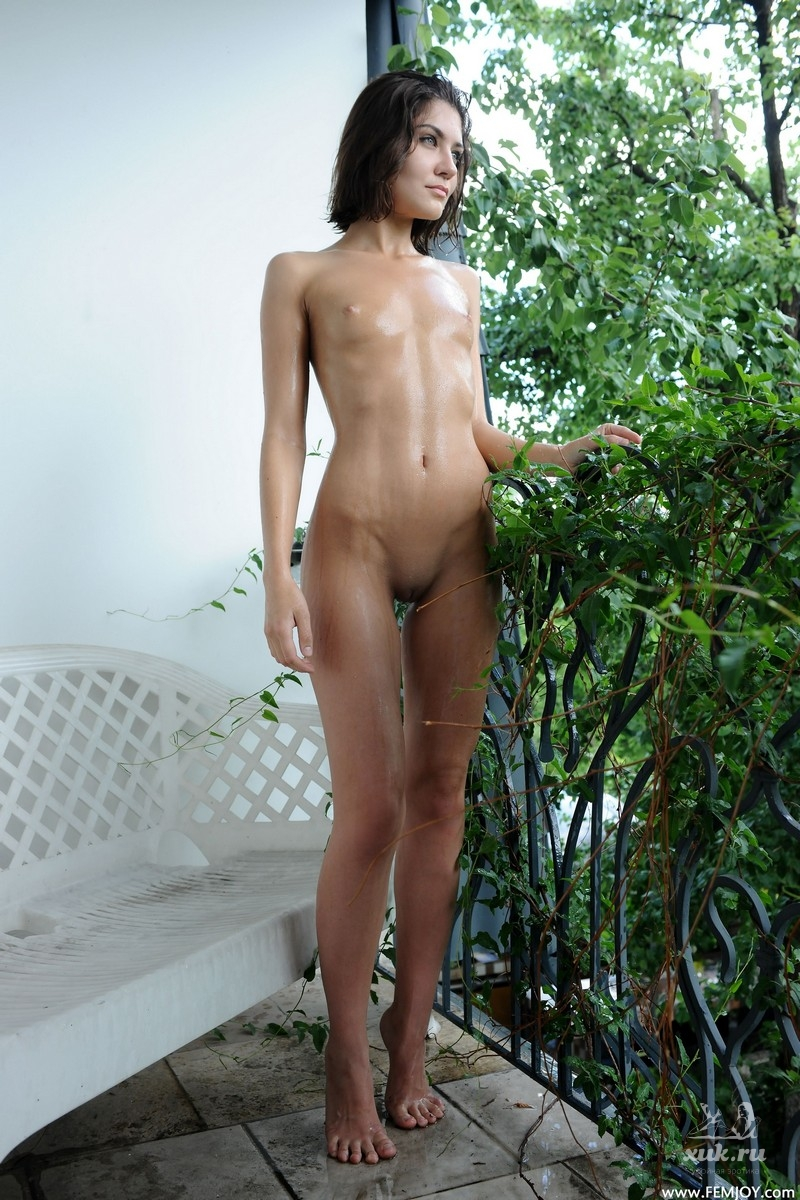 Short skinny nudes, boy and girl tubes